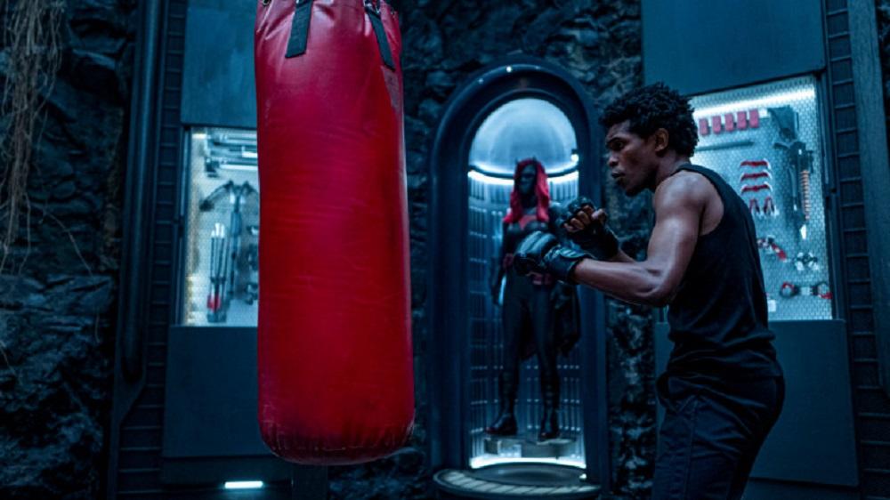 A Narrow Escape - Luke Fox gets physical