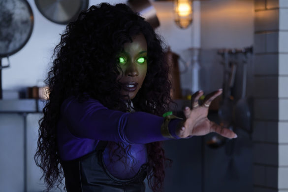 Anna Diop as Koriand'r/Starfire in Titans Season 3 Episode 4 Blackfire