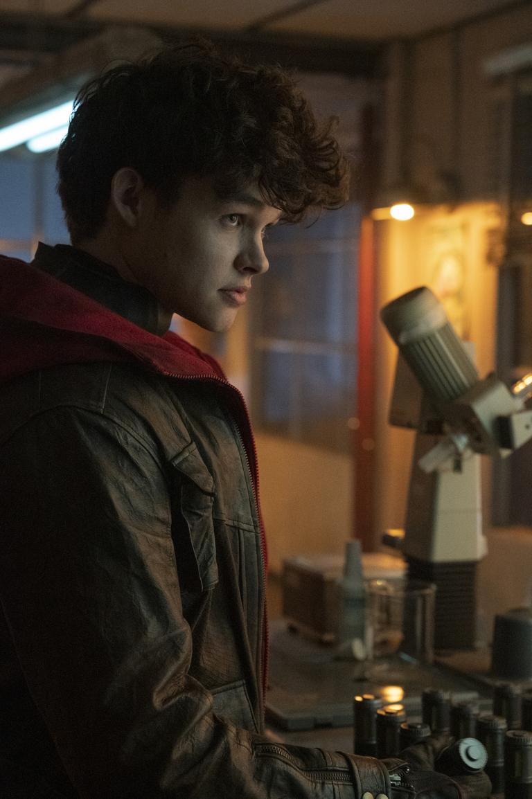 Curran Walters in Titans Season 3 Episode 7 51%